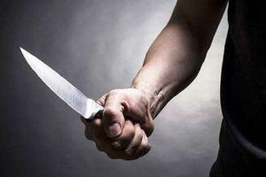 Chồng cầm dao truy sát vợ tử vong trong đêm, đâm anh vợ trọng thương phải nhập viện cấp cứu