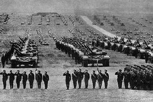 Những hình ảnh khó quên về cuộc tập trận lớn nhất Chiến tranh Lạnh