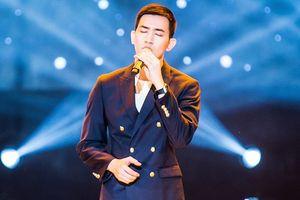Nam thần Võ Cảnh bị chê hát rời rạc, thiếu cảm xúc khi debut với vai trò ca sĩ chuyên nghiệp