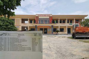 Hàng loạt vợ con lãnh đạo xã ở Quảng Bình được 'ở ghép' với hộ nghèo