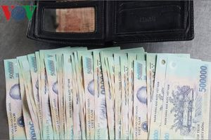 Thiếu tá biên phòng ở Kiên Giang trả lại 20 triệu đồng cho người đánh rơi