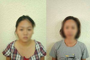 2 phụ nữ dàn cảnh trộm tiền người nước ngoài ở hồ Hoàn Kiếm