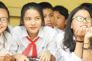 Học sinh nghỉ học thứ bảy: Muốn, nhưng sợ không khả thi