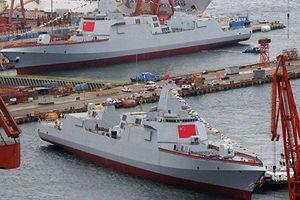 Tàu khu trục lớn nhất trong lịch sử Trung Quốc ra khơi