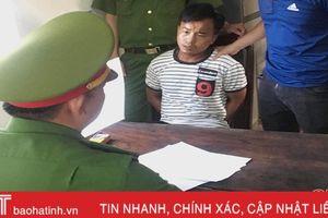 Bắt giam 'đầu gấu làng' ở huyện miền núi Hương Khê