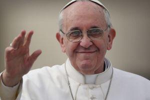 Cựu quan chức Vatican kêu gọi Giáo hoàng Francis từ chức