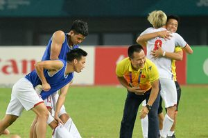 Quang Hải, Duy Mạnh đổ gục sau chiến thắng của Olympic Việt Nam