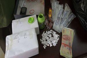 Lạng Sơn: Bắt cả một gia đình trong đường dây mua bán ma túy