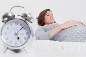 Bí quyết giúp bà bầu không bị mất ngủ trong 3 tháng cuối thai kỳ