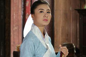 Nguyệt Ánh đóng phim cổ trang khi mang thai 4 tháng