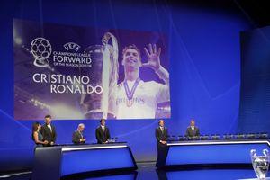 Kết quả bốc thăm Champions League: Ronaldo gặp lại M.U, Barcelona nằm bảng tử thần