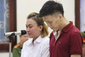 Bé 10 tuổi bị đánh gãy 5 xương sườn: Cha, mẹ kế bị tuyên hơn 11 năm tù