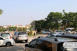 Grab Taxi tại Hội An: Đau đầu tìm cách quản lý