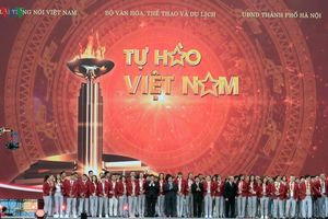 Toàn cảnh chương trình 'Tự hào Việt Nam!' vinh danh Đoàn Thể thao VN