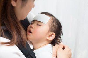 Để trẻ không bị ốm khi giao mùa, dinh dưỡng chưa đủ mà cần phải biết thêm điều này