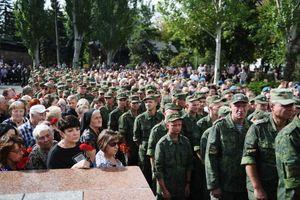 Hàng trăm nghìn người tới lễ viếng thủ lĩnh ly khai miền Đông Ukraine