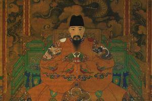 Trái ngược với Càn Long có 'ngàn thê vạn thiếp', vị Hoàng đế này cả đời chung tình với 1 vợ, hậu cung không tỳ thiếp