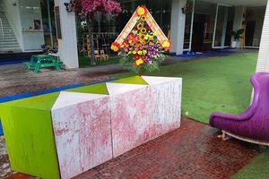 Đà Nẵng: Các đối tượng lạ mặt ném sơn trộn mắm tôm vào trường mầm non lúc nửa đêm
