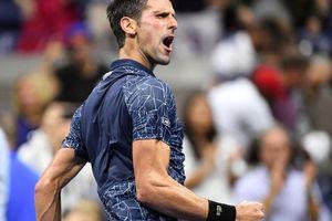 Djokovic 'đòi nợ giúp' Federer, lần 11 vào bán kết US Open