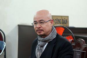 Hoãn xử vụ án ly hôn của vợ chồng ông chủ cà phê Trung Nguyên