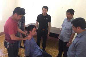 Nóng: Giám đốc CA Đắk Lắk trực tiếp chỉ đạo giải cứu con tin
