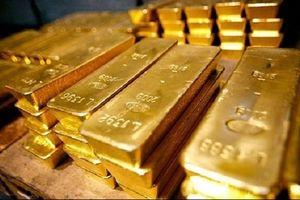 Giá vàng đồng loạt tăng cả trong nước và thế giới