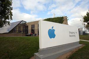 Tổng thống Trump kêu gọi Apple mang nhà máy trở lại nước Mỹ