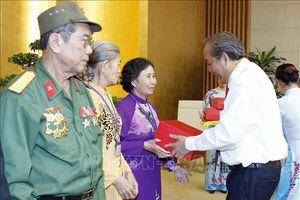 Phó Thủ tướng Trương Hòa Bình tiếp Đoàn đại biểu người có công tỉnh Đồng Tháp