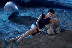 Hoa hậu H'Hen Niê xinh đẹp lạ lùng tại nơi không có sự sống