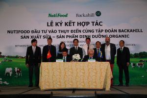 Nutifood bắt tay cùng Backahill sản xuất sữa organic