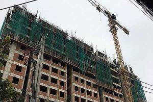 2 công nhân tử vong khi rơi từ lầu 10 của công trình xây dựng xuống đất