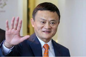 TT Putin hỏi Jack Ma: Còn trẻ vậy sao anh nghỉ hưu?