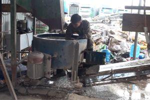 Cơ sở tái chế nhựa phế phẩm xả thải không qua xử lý