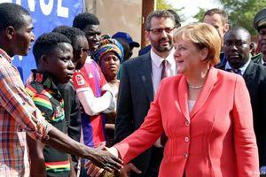 Châu Âu xúc tiến việc 'trở lại châu Phi'