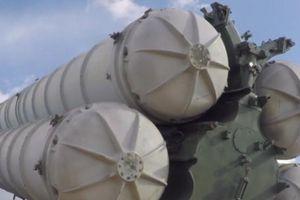 Nga trình diễn hỏa thần S-300, S-400 trong tập trận Vostok 2018