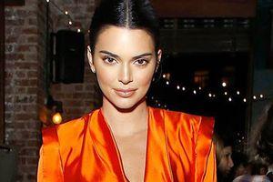 Chân dung siêu mẫu Kendall Jenner bị lộ ảnh khỏa thân gây sốc
