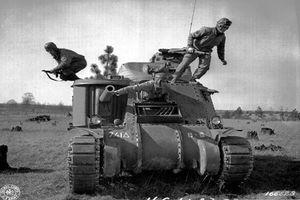 Vì sao trong Thế chiến thứ 2, cửa xe tăng luôn được mở sẵn?