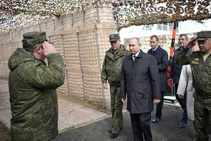 Tổng thống Putin nhấn mạnh bổn phận của quân nhân Nga tại Vostok-2018