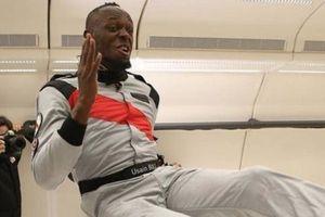 Clip: Usain Bolt chạy đua trong môi trường không trọng lực