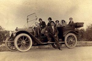 Ngắm dàn xe hơi cổ sành điệu của người Mỹ 100 năm trước