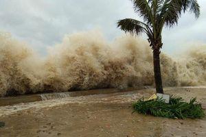 Bão số 5 sắp đổ bộ, siêu bão MANGKHUT mạnh trên cấp 17: Dân miền Bắc cần biết thông tin này