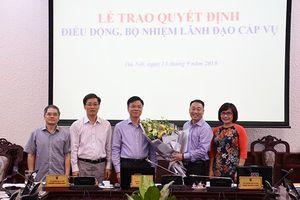 Bộ trưởng Tư pháp trao quyết định bổ nhiệm nhân sự