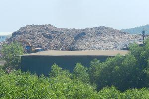 Tạm ngừng tiếp nhận rác tại nhà máy rác Thủy Phương