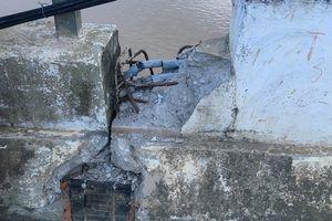 Cầu bê tông xê dịch nửa mét do lũ, Thanh Hóa phải chi 10 tỷ khắc phục