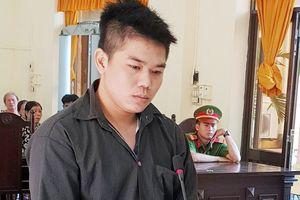 Thanh niên dùng dao cứa cổ chú ruột lĩnh 7 năm tù