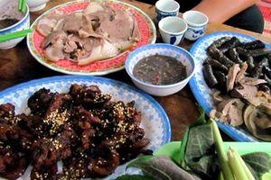 Khuyên dân Hà Nội bỏ thịt chó: 'Trời thu ăn khoái lắm'