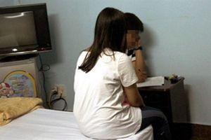 Thiếu nữ bị hại đời ngất xỉu: Tình cảm lắm