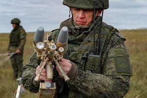 Súng áp chế điên tử Nga hạ UAV tại Vostok-2018