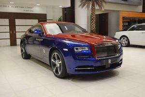 Chiêm ngưỡng siêu phẩm Rolls-Royce Wraith với hai tông màu xanh - đỏ vô cùng đặc biệt