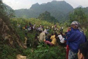 Hòa Bình: Phát hiện thi thể nam giới đang phân hủy dưới đèo Thung Khe
